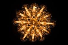 Het bekijken omhoog een elektrische kroonluchter Royalty-vrije Stock Afbeelding