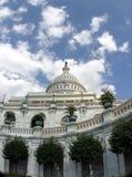Het bekijken omhoog het Capitool van de V.S. Stock Afbeelding
