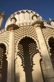 Het bekijken omhoog het Paviljoen van Brighton Stock Fotografie