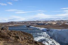 Het bekijken uit de Hvita-Rivier in IJsland Stock Foto's