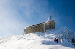 Het beklimmen op de berg Royalty-vrije Stock Afbeeldingen