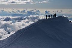 Het beklimmen van de berg Stock Foto's