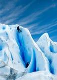Het beklimmen van een gletsjer in Patagonië. royalty-vrije stock fotografie