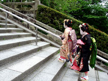 Het beklimmen van Geisha's Stock Afbeelding
