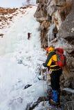 Het beklimmen van het ijs royalty-vrije stock fotografie