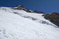 Het beklimmen van panorama op gletsjer stock foto's