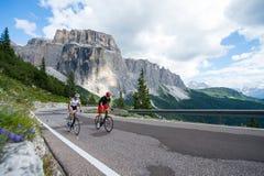Het beklimmen van route op cyclus ras-dolomiet-Italië Royalty-vrije Stock Foto