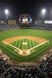 Het belangrijke Honkbal van de Liga - Nacht bij de Marge stock fotografie