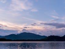 Het belangrijke reservoir van Huai Prue Reservoir An in het oosten Stock Foto's