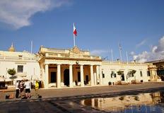 Het Belangrijkste Wachtgebouw en de Kanselarij in het Pallace-Vierkant in Valletta, Eiland Malta Stock Foto's