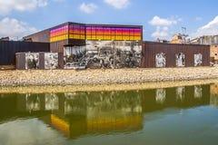 Het Beloitijzer werkt muurschildering bij de rand van de Rotsrivier Royalty-vrije Stock Foto's