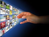 Het bereiken van beelden op het scherm Stock Afbeelding
