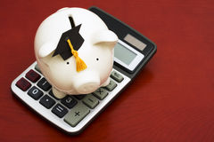 Het berekenen de Besparingen van het Onderwijs Stock Afbeeldingen