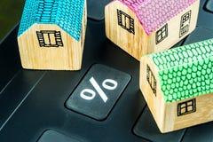 Het berekenen hypotheekrentevoet stock foto