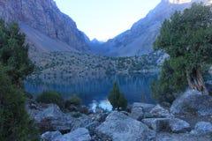 Het bergmeer Stock Foto's