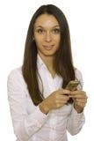 Het bericht van de bedrijfsvrouwenlezing op mobiele telefoon Royalty-vrije Stock Foto's