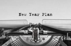 Het bericht van het nieuwe die jaar, op een schrijfmachine wordt gedrukt royalty-vrije stock afbeelding