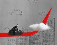 Het berijden van muis op rode pijl door wolk Stock Foto
