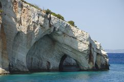 Het beroemde Blauw holt binnen het eiland van Zakynthos, Griekenland uit royalty-vrije stock fotografie