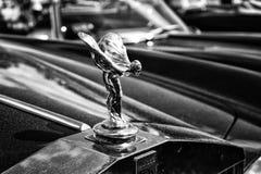 Het beroemde embleem ' Geest van Ecstasy' op Rolls Royce Corniche stock afbeelding