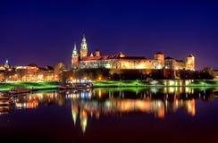 Het beroemde oriëntatiepunt van het Wawelkasteel in Krakau stock afbeeldingen