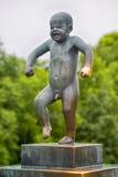 Het beroemde rotsbeeldhouwwerk in Oslo Stock Afbeeldingen