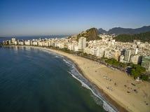 Het beroemdste strand in de wereld Prachtige stad royalty-vrije stock afbeeldingen