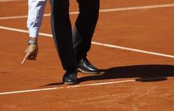 Het besluit van de tennisscheidsrechter Royalty-vrije Stock Foto's