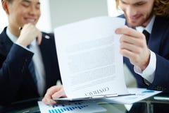 Het bespreken van contract Stock Fotografie