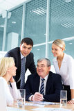 Het bespreken van succesvolle strategie stock afbeelding