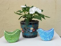 het bestaan uit bloemen en kleurrijk vogelsontwerp Royalty-vrije Stock Foto