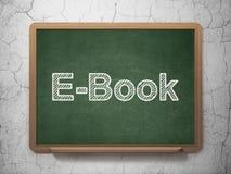 Het bestuderen van concept: EBook op bordachtergrond Stock Fotografie