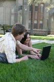 Het Bestuderen van studenten Stock Afbeeldingen