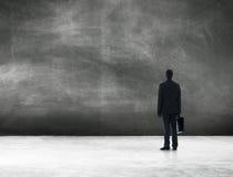 Het Bevindende Concept van zakenmanprofessional occupation looking stock afbeelding