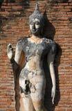 Het bevindende standbeeld van Boedha in Sukhothai Stock Afbeelding