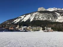 Het Bevroren Meer Altausseersee in Oostenrijk Royalty-vrije Stock Foto