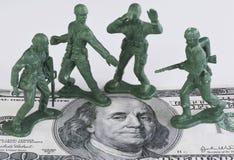 Het bewaken van Amerikaans Geld stock afbeeldingen