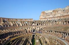 Het bezoeken Colosseum Stock Foto's