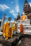 Het bidden Buddhas bij Wat Yai Chai Mongkhon-tempel thailand royalty-vrije stock fotografie
