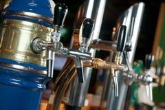 Het bier van barins is een tapkraan Royalty-vrije Stock Afbeelding