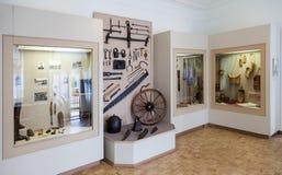 Het binnenland van één van de zalen van het Museum van het slepen van de provincie royalty-vrije stock fotografie