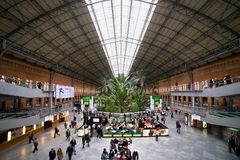 Het Binnenland van het Atochastation in Madrid stock fotografie