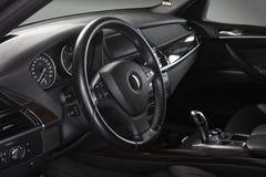 Het binnenland van de auto Interiortransportation van de leiding wheel Royalty-vrije Stock Foto's