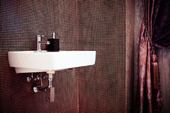 Het binnenland van de badkamers Stock Foto's