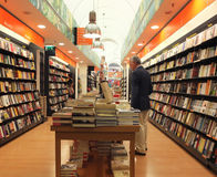 Het binnenland van de boekhandel in Rome Stock Fotografie