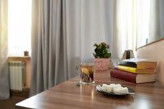 Het binnenland van de hotelruimte in een klassieke stijl royalty-vrije stock foto's