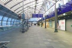 Het binnenland van de luchthaven Stock Foto's