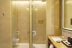 Het binnenland van de luxebadkamers Royalty-vrije Stock Afbeeldingen