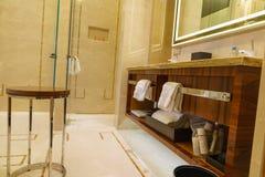 Het binnenland van de luxebadkamers Stock Foto