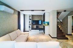 Het binnenland van de luxewoonkamer Stock Afbeelding